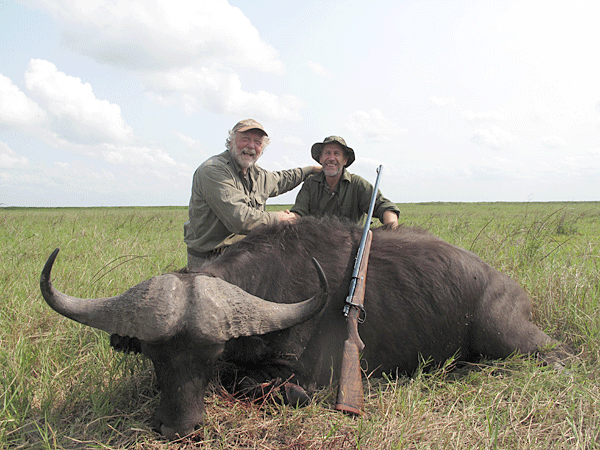 bill-hober-hunting-highlights-zambeze-delta-safaris-mozambique-professional-hunters-africa