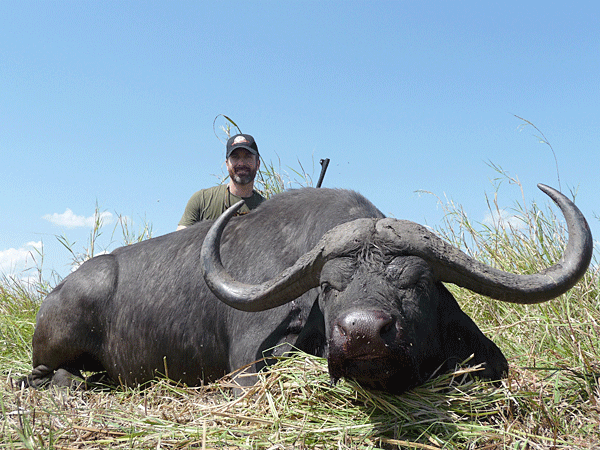 brent-hackley-hunting-highlights-zambeze-delta-safaris-mozambique-professional-hunters-africa