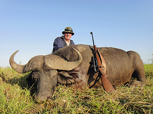 bruce-gordon-hunting-highlights-zambeze-delta-safaris-mozambique-professional-hunters-africa