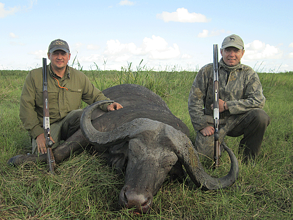 chad-morton-hunting-highlights-zambeze-delta-safaris-mozambique-professional-hunters-africa