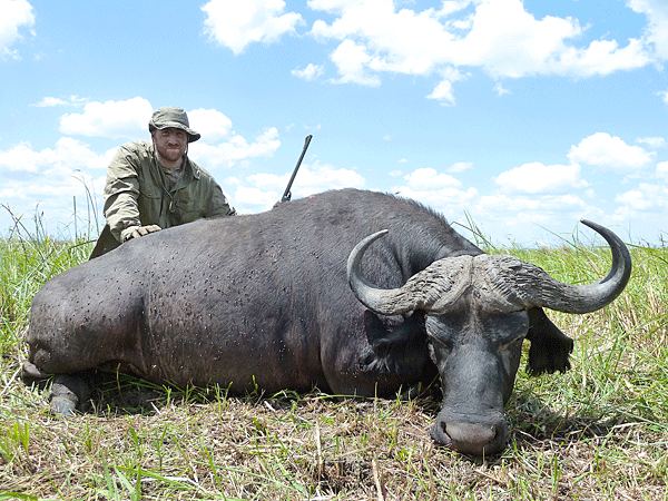 chuck-and-joseph-bixby-hunting-highlights-zambeze-delta-safaris-mozambique-professional-hunters-africa