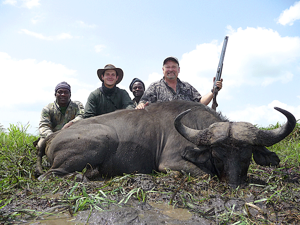 jerel-and-stephanie-wottrich-hunting-highlights-zambeze-delta-safaris-mozambique-professional-hunters-africa