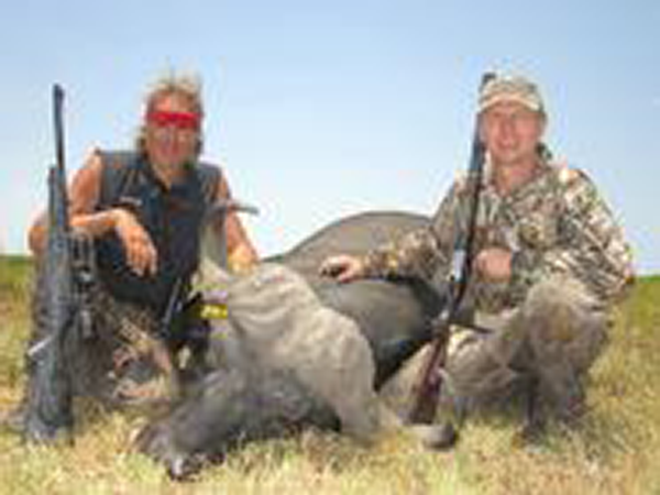 jim-shockey-hunting-highlights-zambeze-delta-safaris-mozambique-professional-hunters-africa