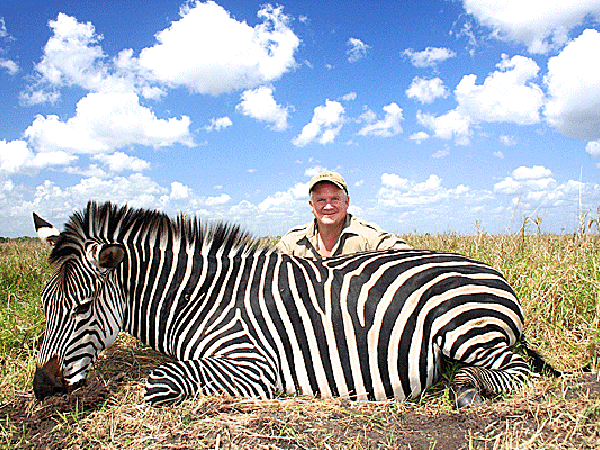 johnny-posey-hunting-highlights-zambeze-delta-safaris-mozambique-professional-hunters-africa