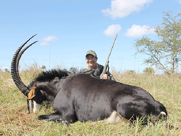 patty-walker-hunting-highlights-zambeze-delta-safaris-mozambique-professional-hunters-africa