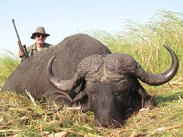 richard-and-susan-case-hunting-highlights-zambeze-delta-safaris-mozambique-professional-hunters-africa