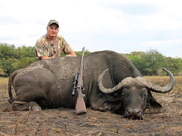 john-cutler-hunting-highlights-zambeze-delta-safaris-africa