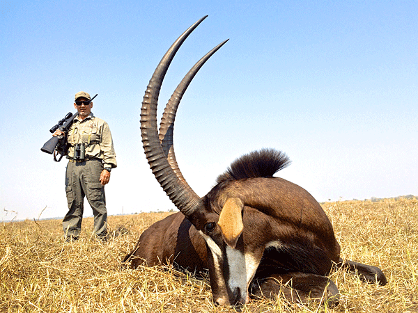 george-sammut-hunting-highlights-zambeze-delta-safaris-africa