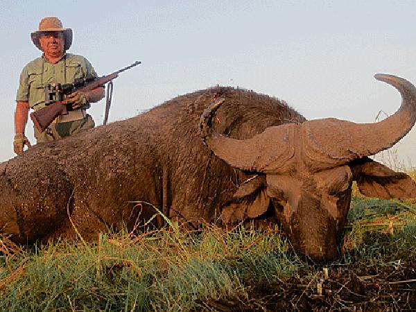 jc-bell-hunting-highlights-zambeze-delta-safaris-africa
